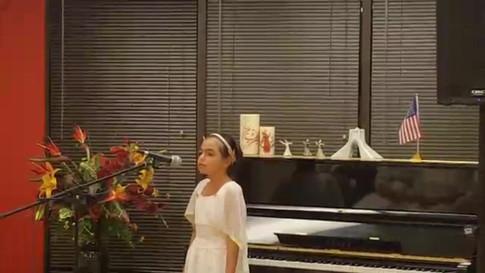 "Karina singing the ""Name Javide Vatan"""