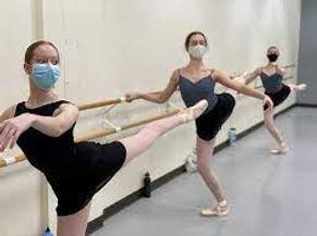 dancer pointe mask.jpg