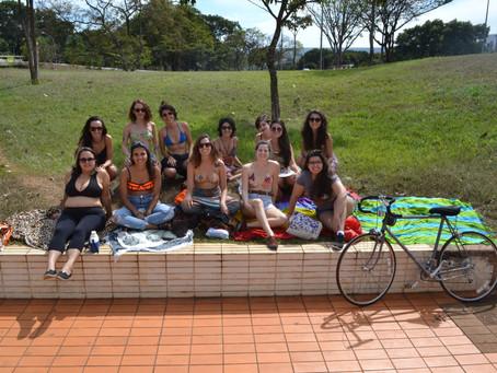Rolê de Biquíni por Brasília