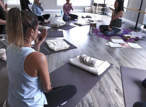 Introduction à la PLEINE CONSCIENCE par différentes techniques de méditation.