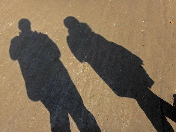 shadow-101279_1920.jpg