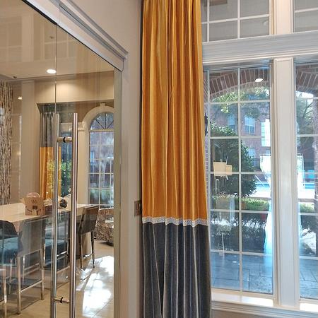 High Curtain