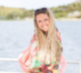 Helena-Magdalena Ivekrans-Nätt Bloggare på Tidningen Nära, Astrolog på Tidningen Tara. Jag är författare till böckerna Lev din dröm oc Lev i din kraft. Jag håller kurser inom personlig och själslig utveckling. Jag ger medial vägledning, astrologisk guidning och framgångscoachning (attraktionslagen). Jag har mediala kurser i Sverige och Grekland. Jag arbetar som mdium på Regnbågen i Haga, Göteborg.