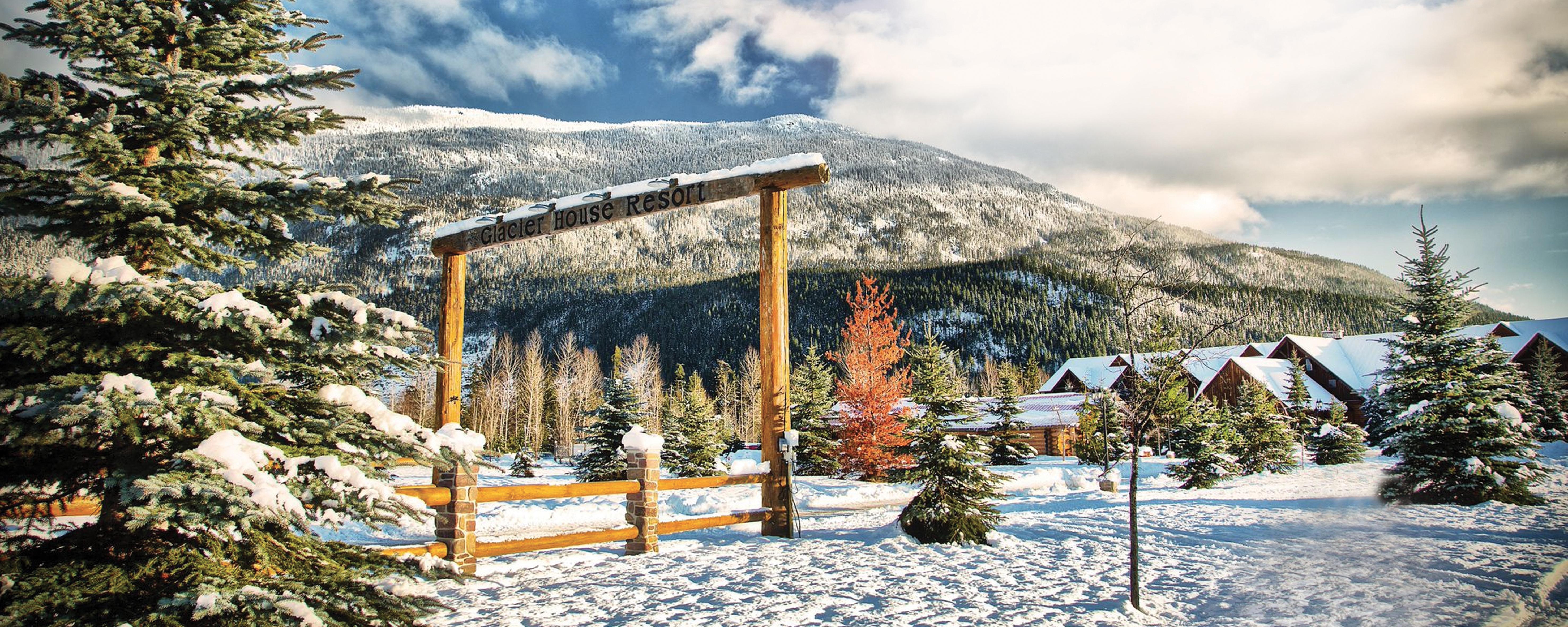 Glacier House Resort in winter