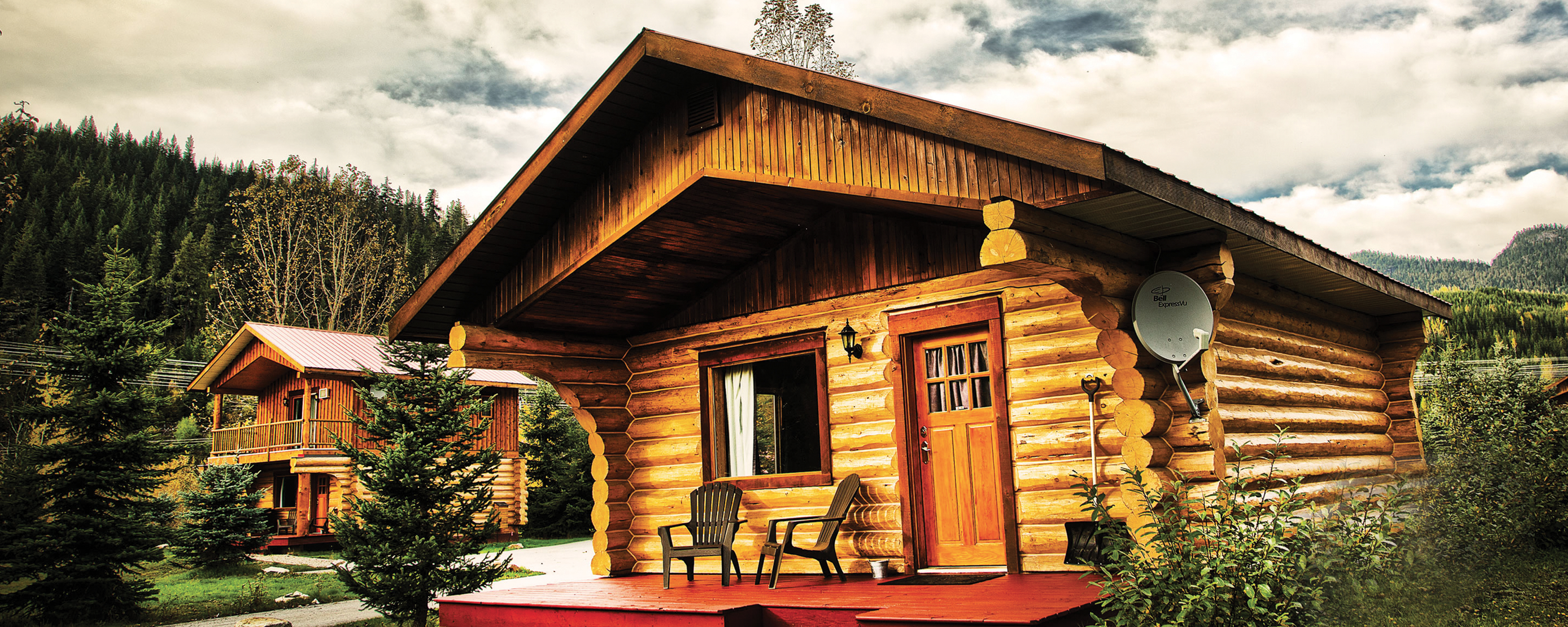 Log Cabin at Glacier House Resort