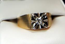 14 k yellow and diamond ring $1,025