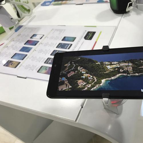 EXPO-SMARTPHONE-INTERIOR02.jpg