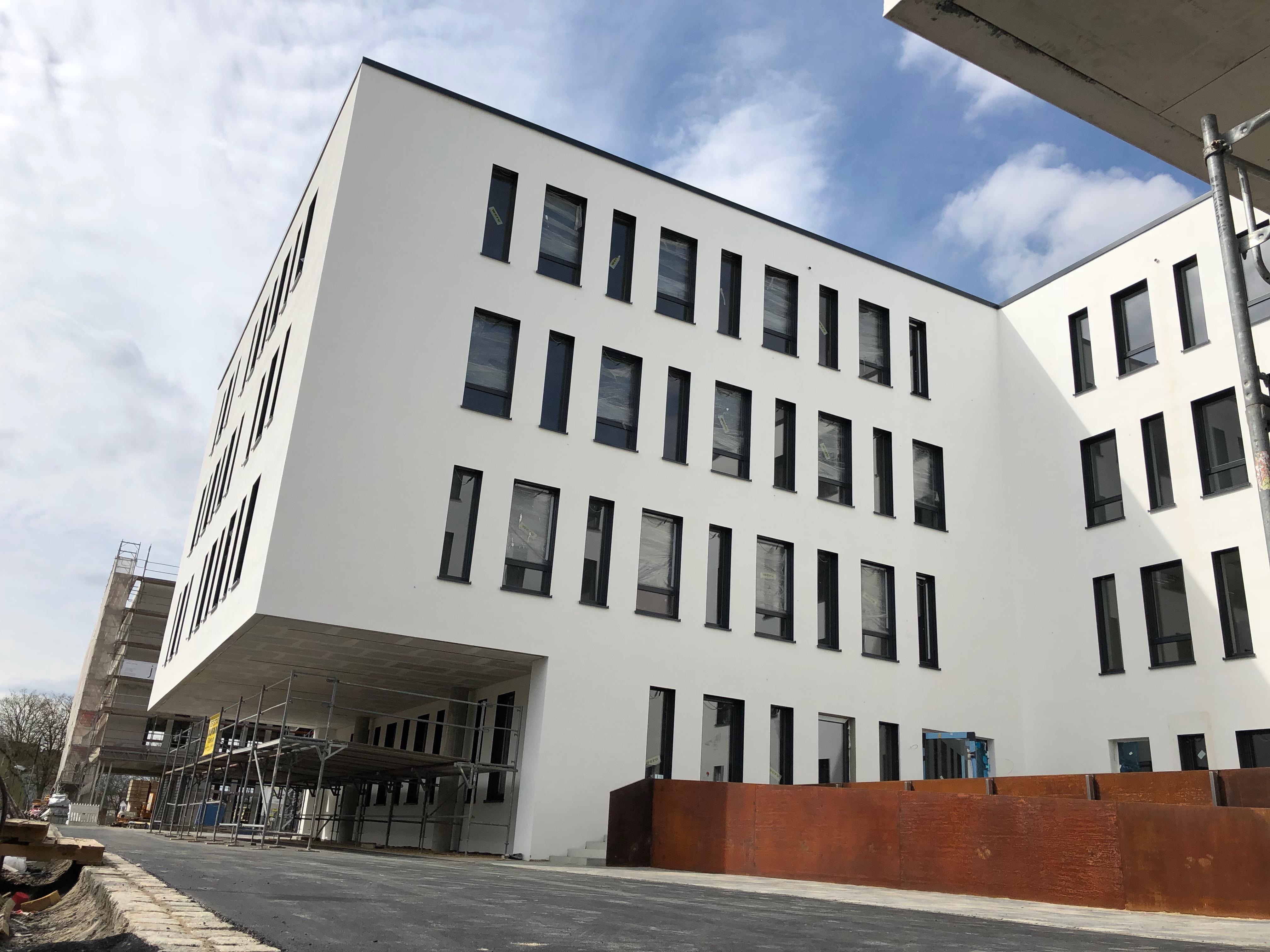 G13   Haus 2 - Hof