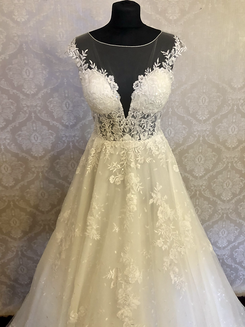 Art Couture Lace Princess Gown