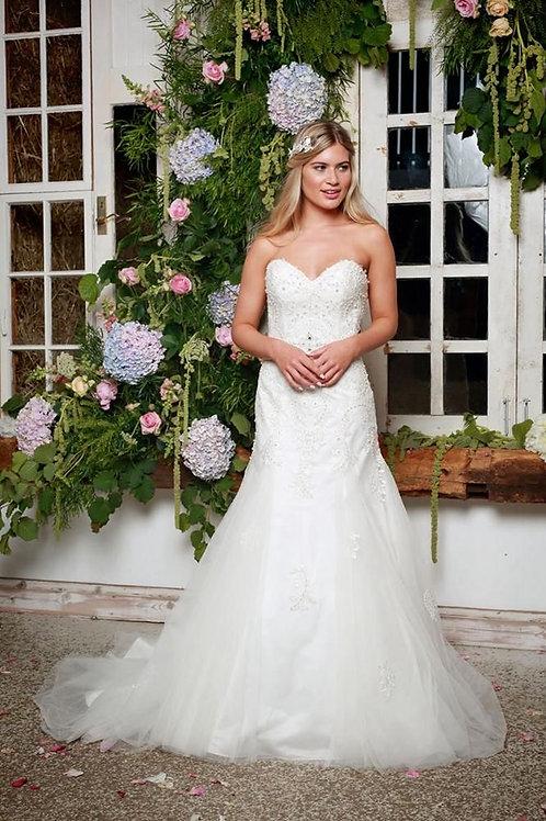 Amanda Wyatt Lace/Satin Gown