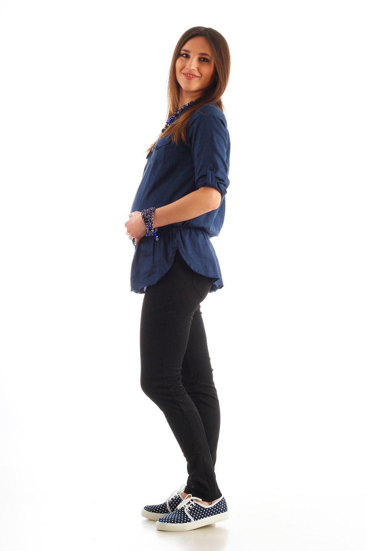 Штани для вагітних з трикотажної тканини дуже комфортні на всіх строках вагітності.