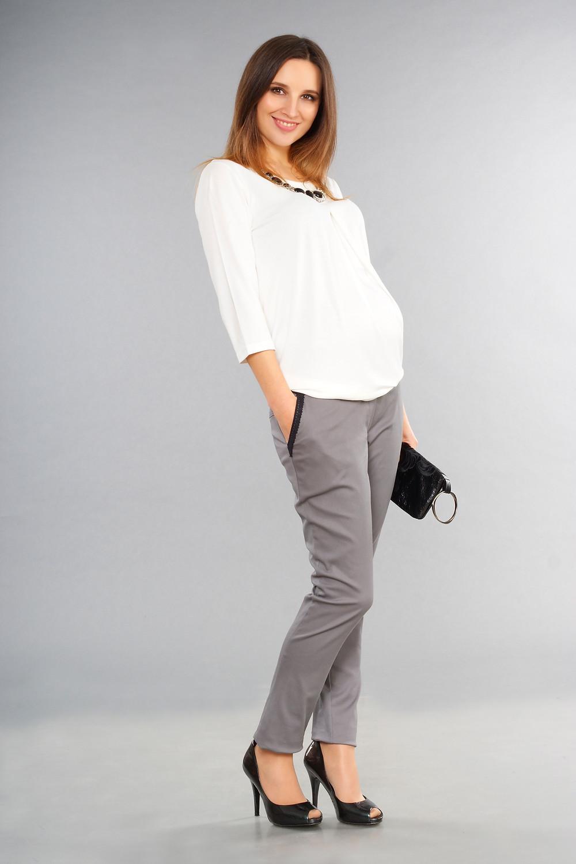 Штани для вагітних завуженого класичного крою підійдуть для працюючій матусі
