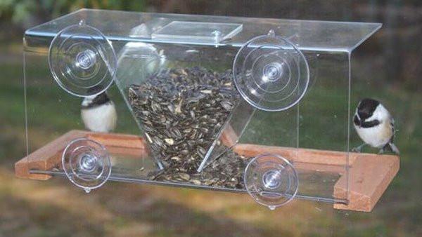 Hopper style window feeder