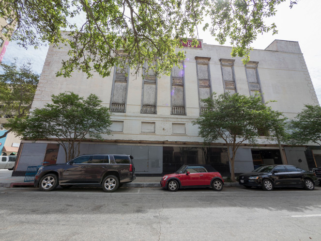 The Montgomery Ward Building in  Corpus Christi: A Relic in Retail History