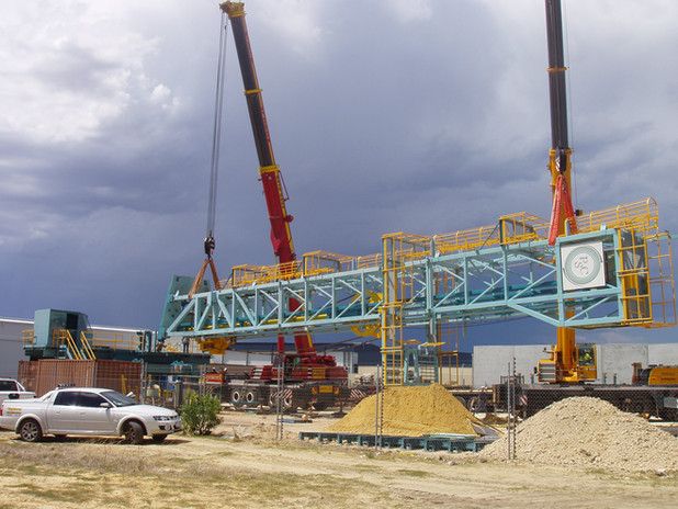 Assembly and erection of drill rig
