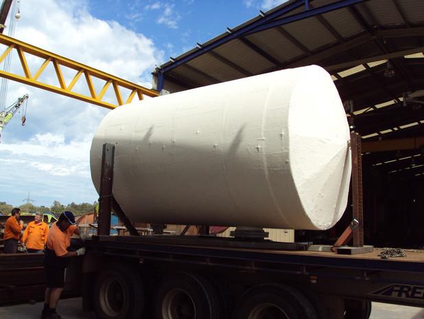 Insulated pressure vessel