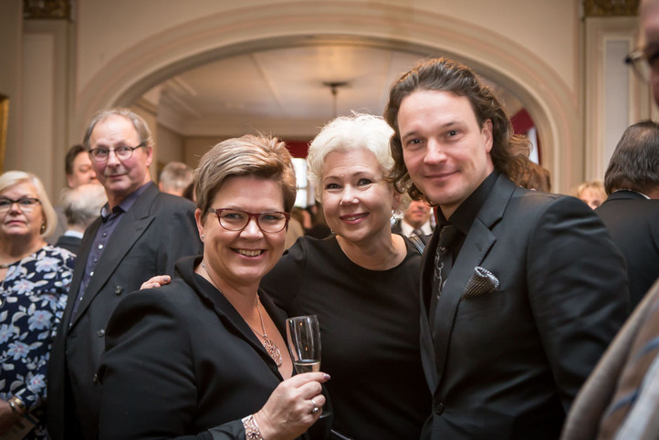 Kati Räsänen, Marjo Riihimäki ja Tero Harjunniemi
