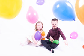 Glasgow based fun family photographer.