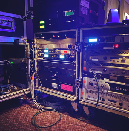 MOBILE LIVE SYSTEMS