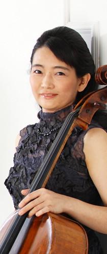 Emi Tanouchi