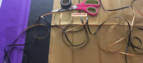DIY - Tissue Paper Halloween Tassel Garland
