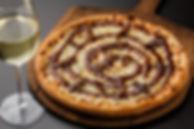 wine gorgonzola pizza