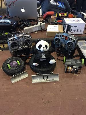 Robôs de combateda equipe Pandabotz