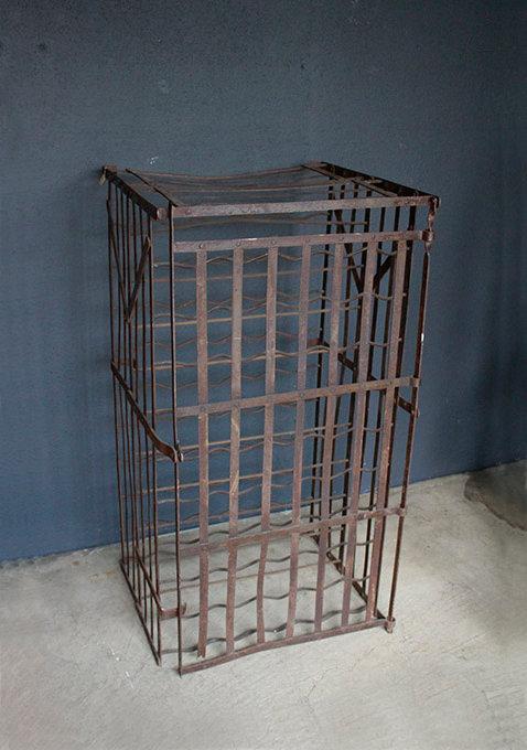 Wine Cage  |  カーヴで使われていたワインラック 1301-027