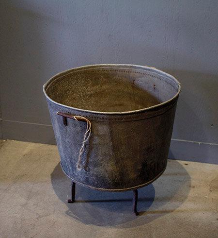 Washing Basin     ヴィンテージの洗濯桶 1301-026
