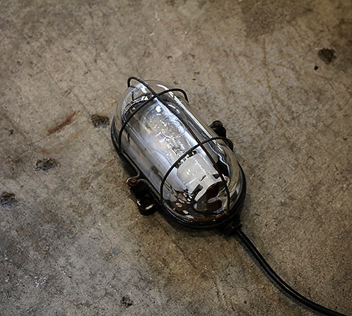 INDUSTRIAL CAPSULE LIGHT  |  インダストリアル カプセルライト 190131