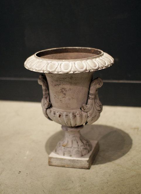 Flower Base Iron / White  |  鋳鉄製のフラワーベース 190126