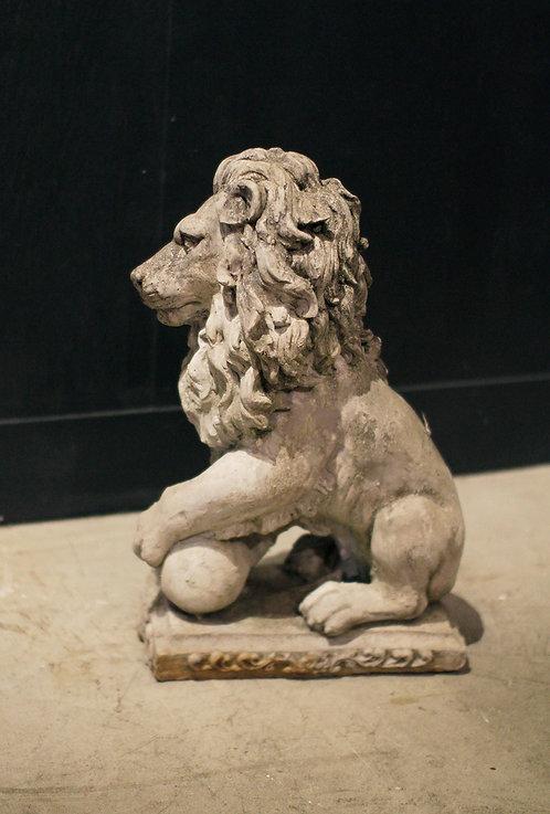 Lion en pierre  | 石製ライオン 190162
