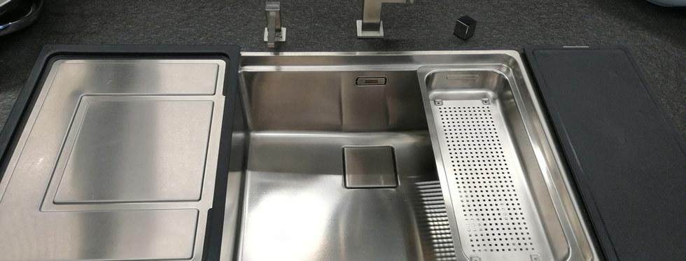 Becken mit mobilem Tropfteil, Seifenspen