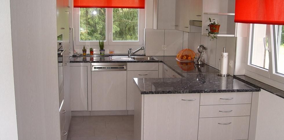 Kücheneinrichtung in Oberkulm