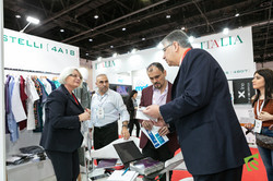 AEEDC - Dubai Event Photographer (5 of 2