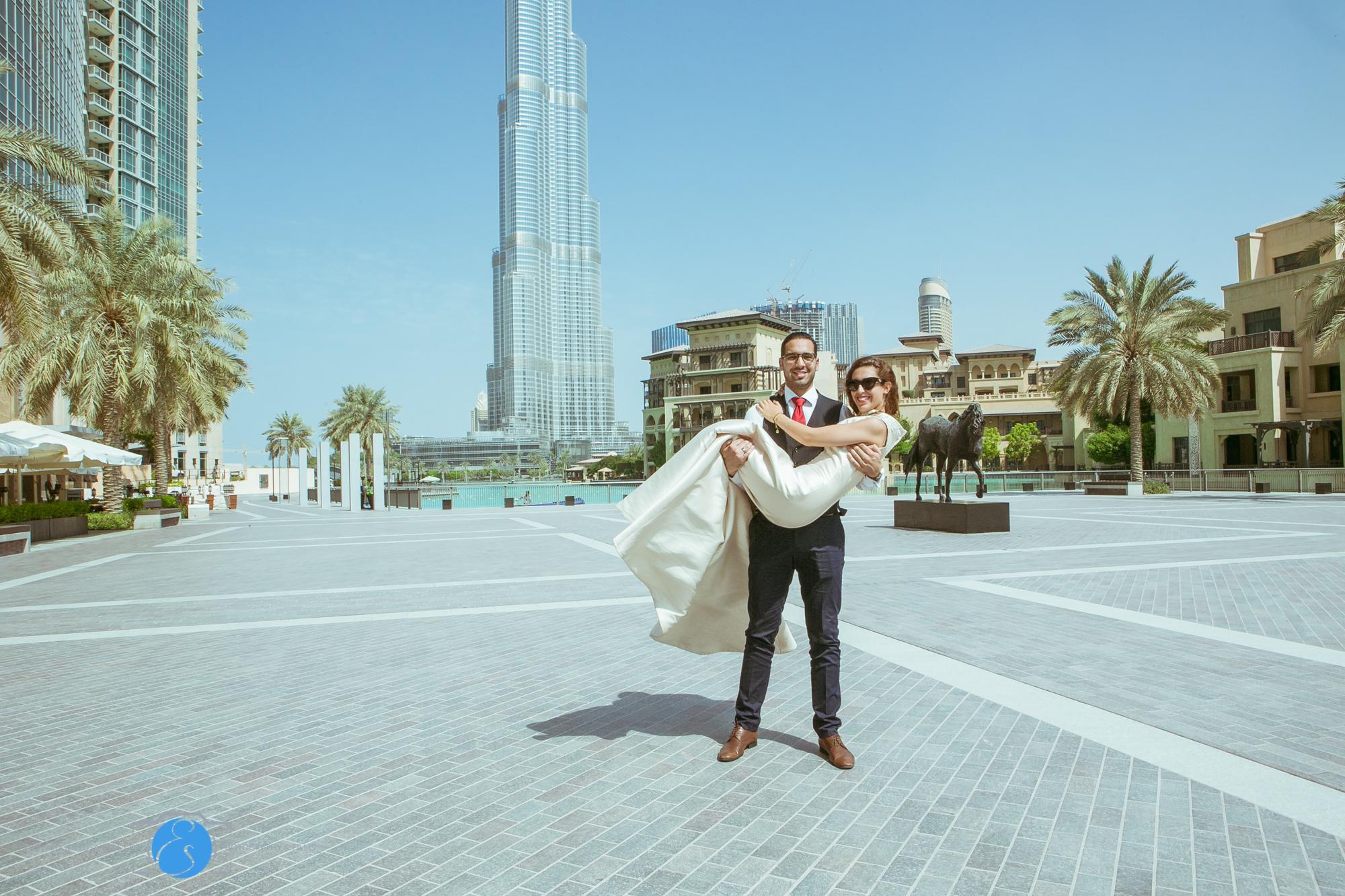 Downtown Burj Khalifa Prenup Shoot 2014-ES Photography-4.jpg