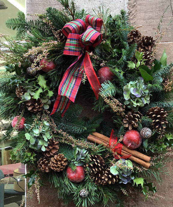VG Christmas wreath1.jpg