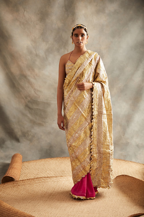 Pink Saree Gold With Silver Palla