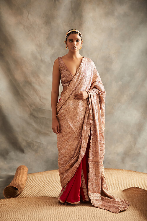 Red Saree With Rose Gold Palla