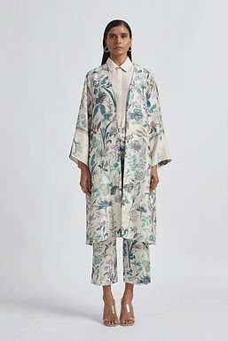 Ivory Blooming Perennial Cape