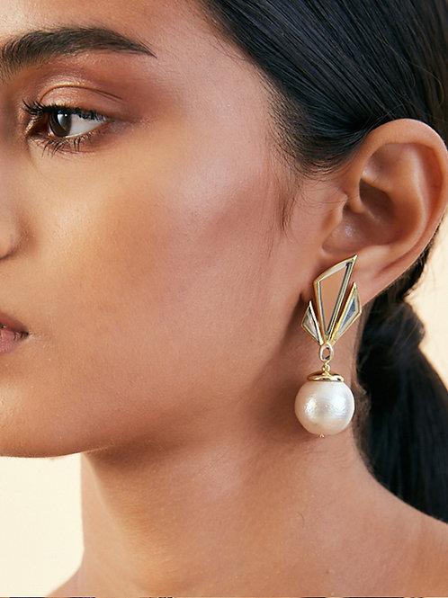 Demi Goddess Irregular Mirror and Pearl Stud Earrings