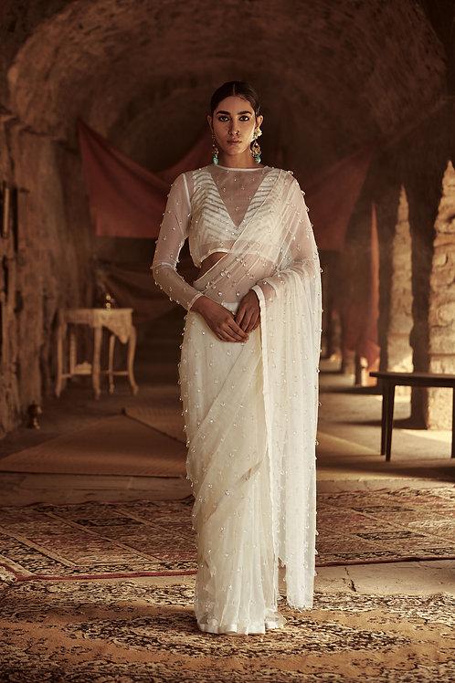 Off-white Nur Saree Set