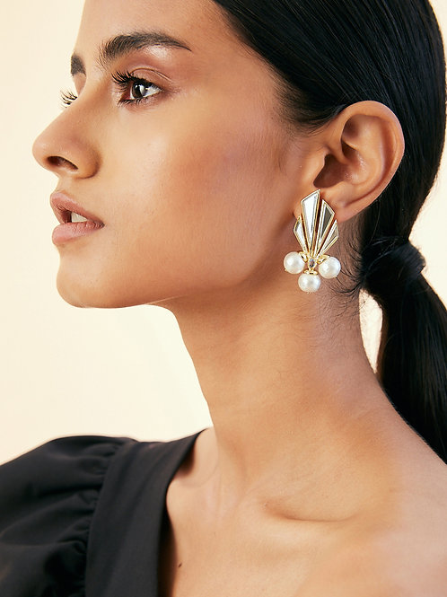 Demi Goddess Mirror and Triple Pearl Earrings