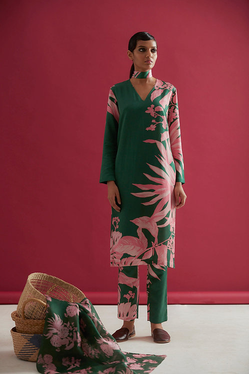 Green Lunuganga Floral Placment Print Kurta Pant Set
