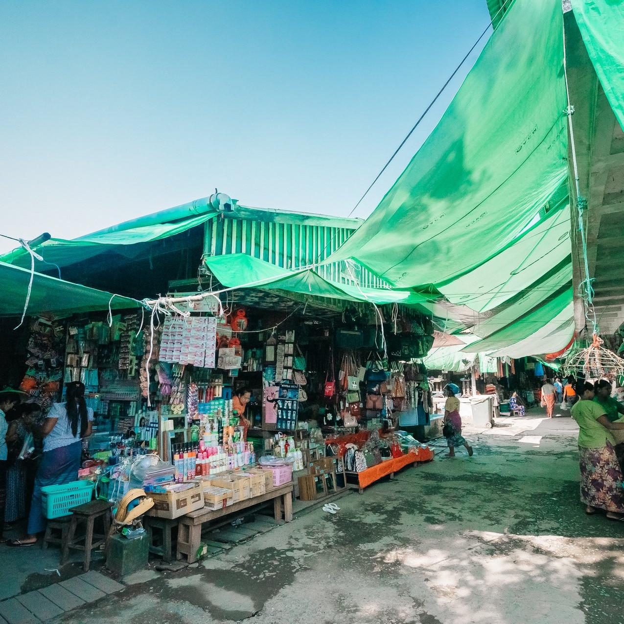 Kale MyoMa Market