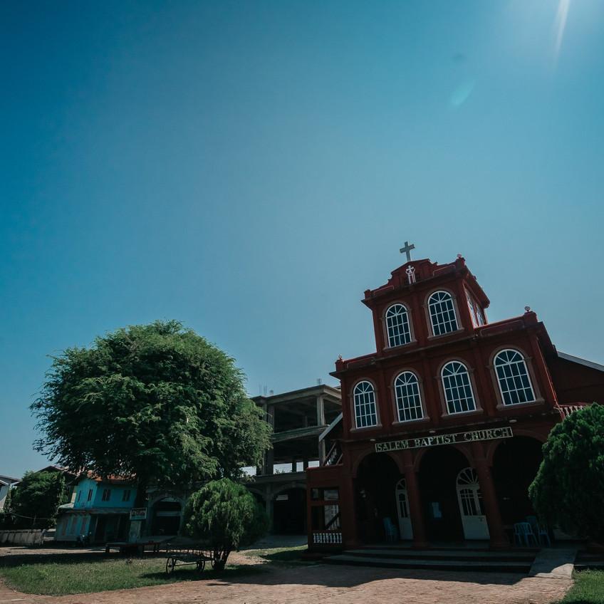 နှစ်ခြင်းဘုရားကျောင်းတစ်ခု