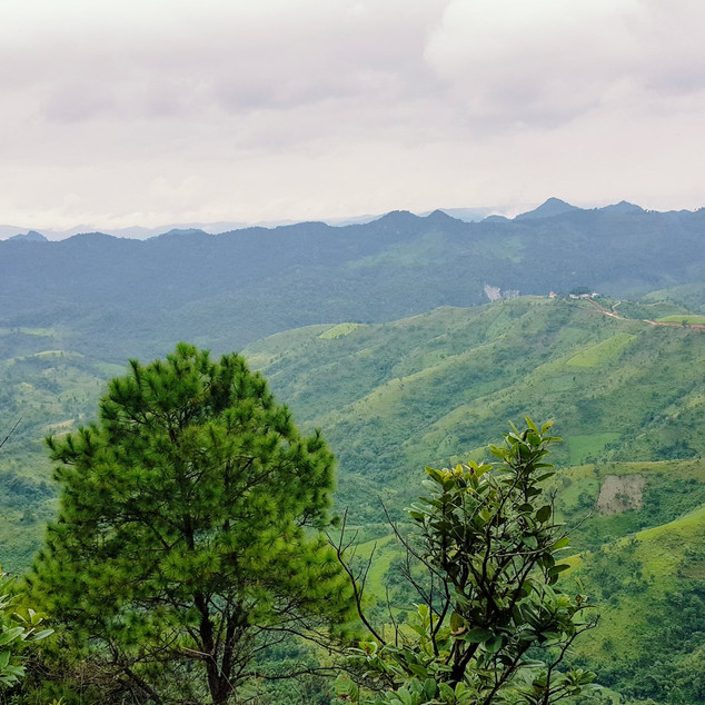 ချစ်တဲ့ ရှမ်းတောင်တန်းတွေ