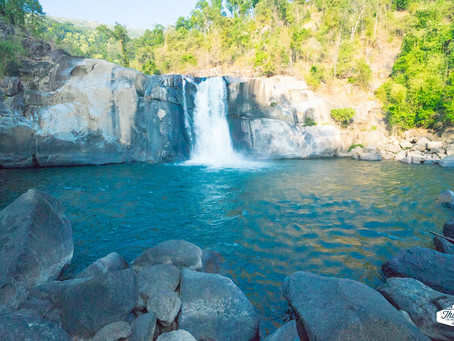 A Day Trip to Three Waterfalls in Kyaukkyi Town
