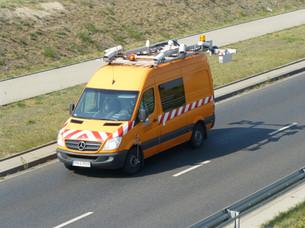 Pojazd do fotorejestracji dróg i automatycznej oceny stanu nawierzchni