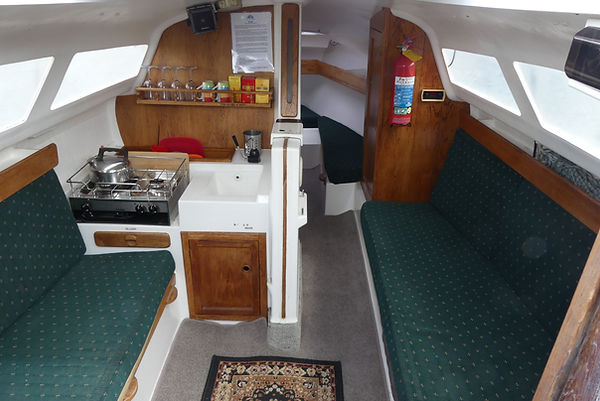 Bareboat or skippered charters Lake Wanaka, Noelex25 specs
